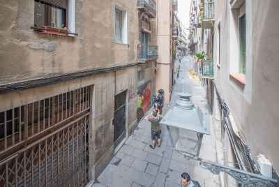 Renovated apartment in the Old Town Barcelona